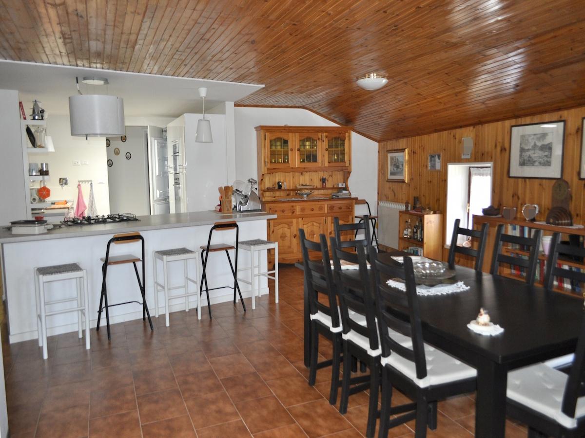 Foto 1 di Appartamento Località Bussan Dessus, Saint Pierre